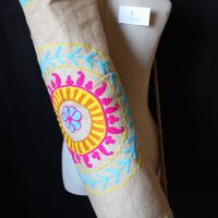 Kantha rose et orange design bleu logo
